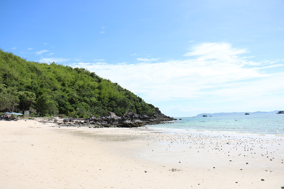 Unspoiled beaches of thailand 39 s east coast the vacation for Beach vacations on east coast
