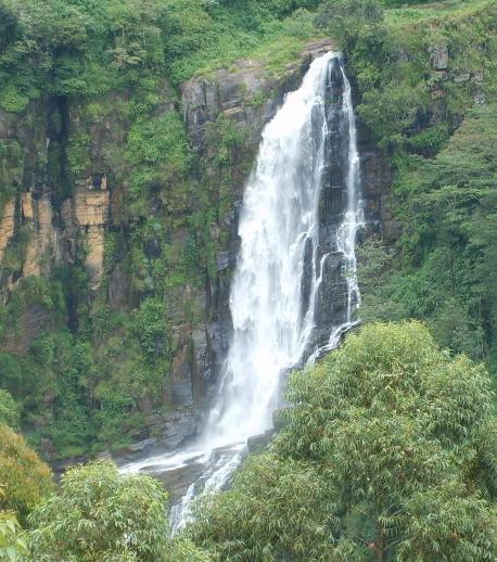 Devon_falls_Sri_Lanka