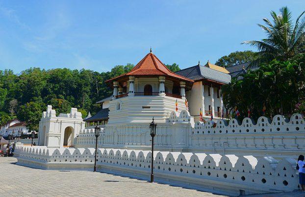 Temple of the Sacred Tooth Relic (Sri Dalada Maligawa