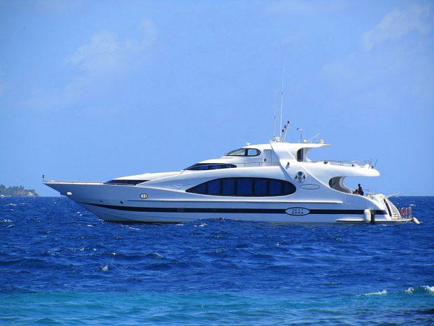 luxury yachts maldives