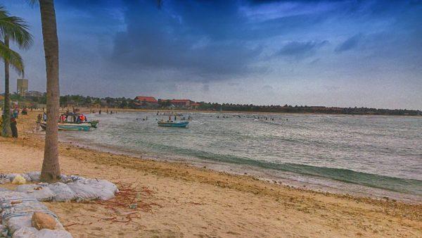 Pasikudah Beach   Image Courtesy: By Imaadwhd (Own work) [CC BY-SA 3.0], via Wikimedia Commons