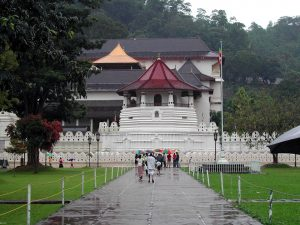 Sri Lanka Kandy Temple Of The Tooth Sacred