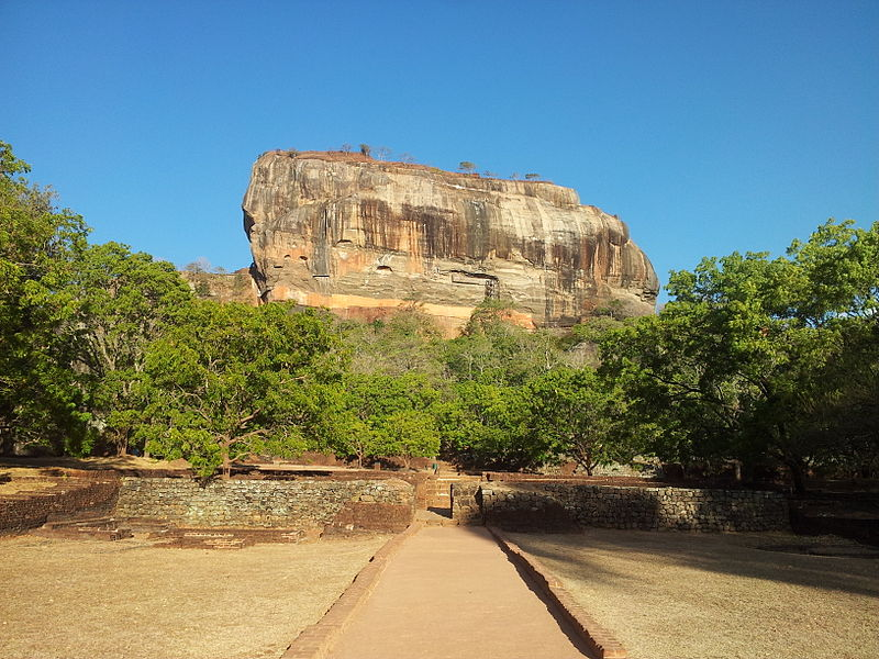 Shashi Shekhar, The Lion Rock, Sigiriya, Sri Lanka, CC BY-SA 3.0 Via Wikimedia Commons