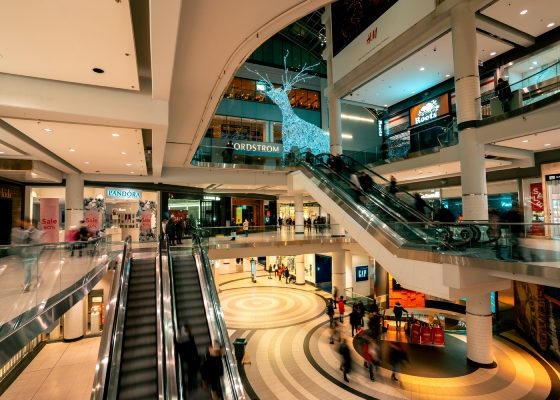 Best Vacation for Shopaholics