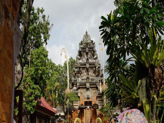 Explore Ubud Palace, Bali