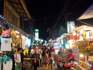 Koh-Samui-Bophut-Walking-Street