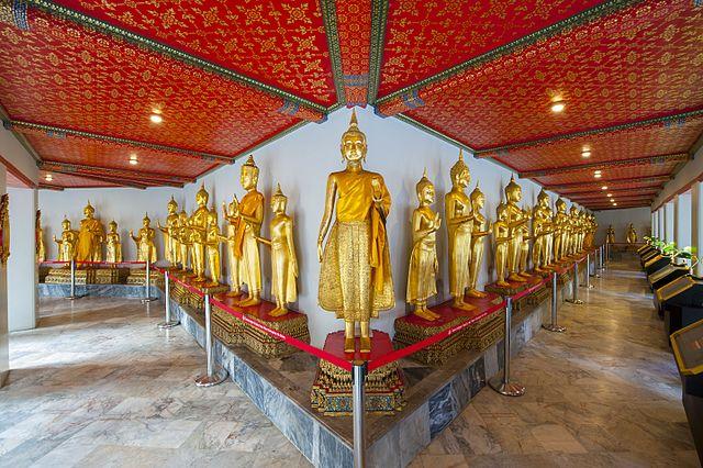 Wat_Pho_temple_in_Bangkok,_Thailand